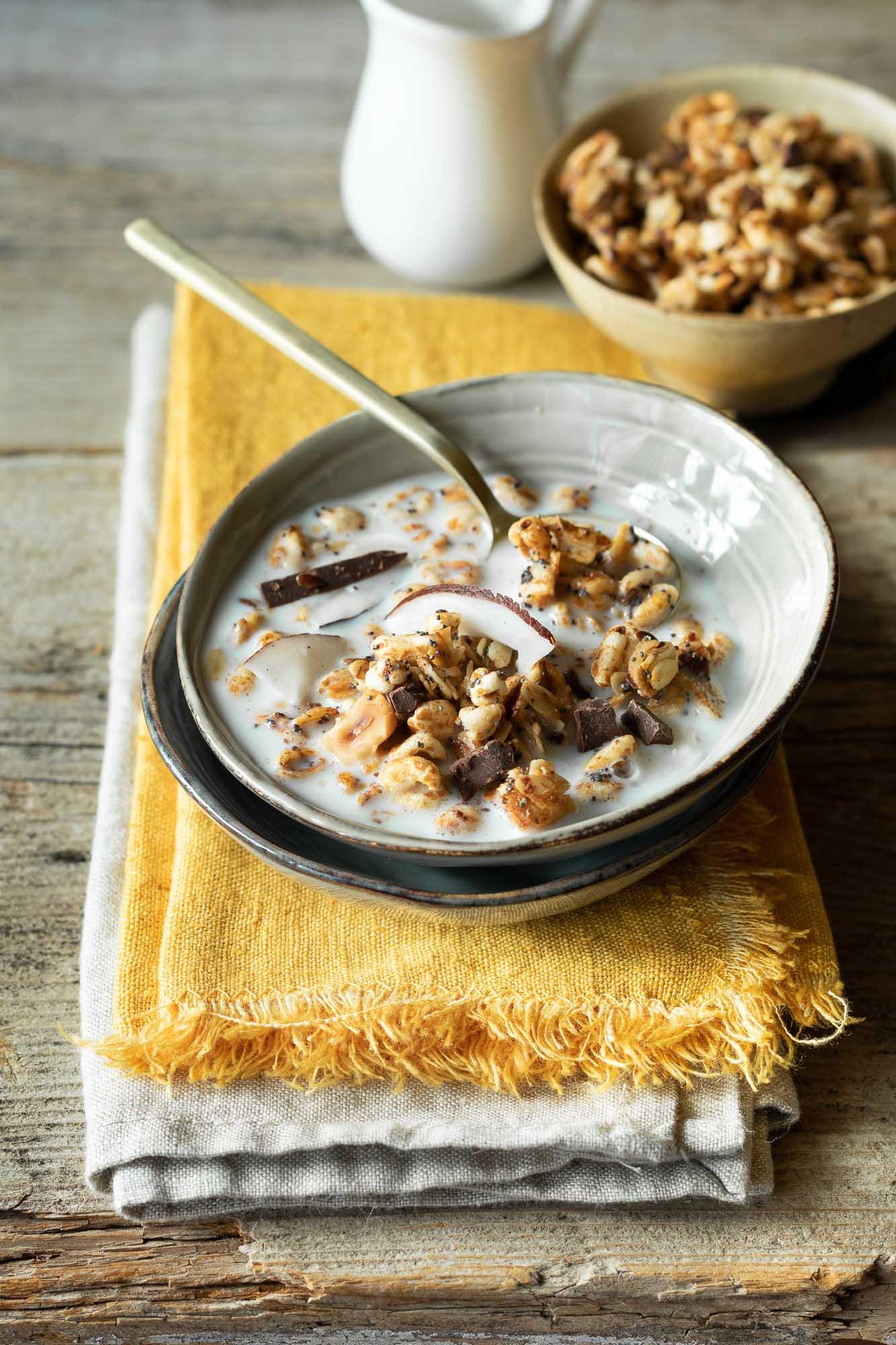 Granola cioccolato, nocciole e cocco