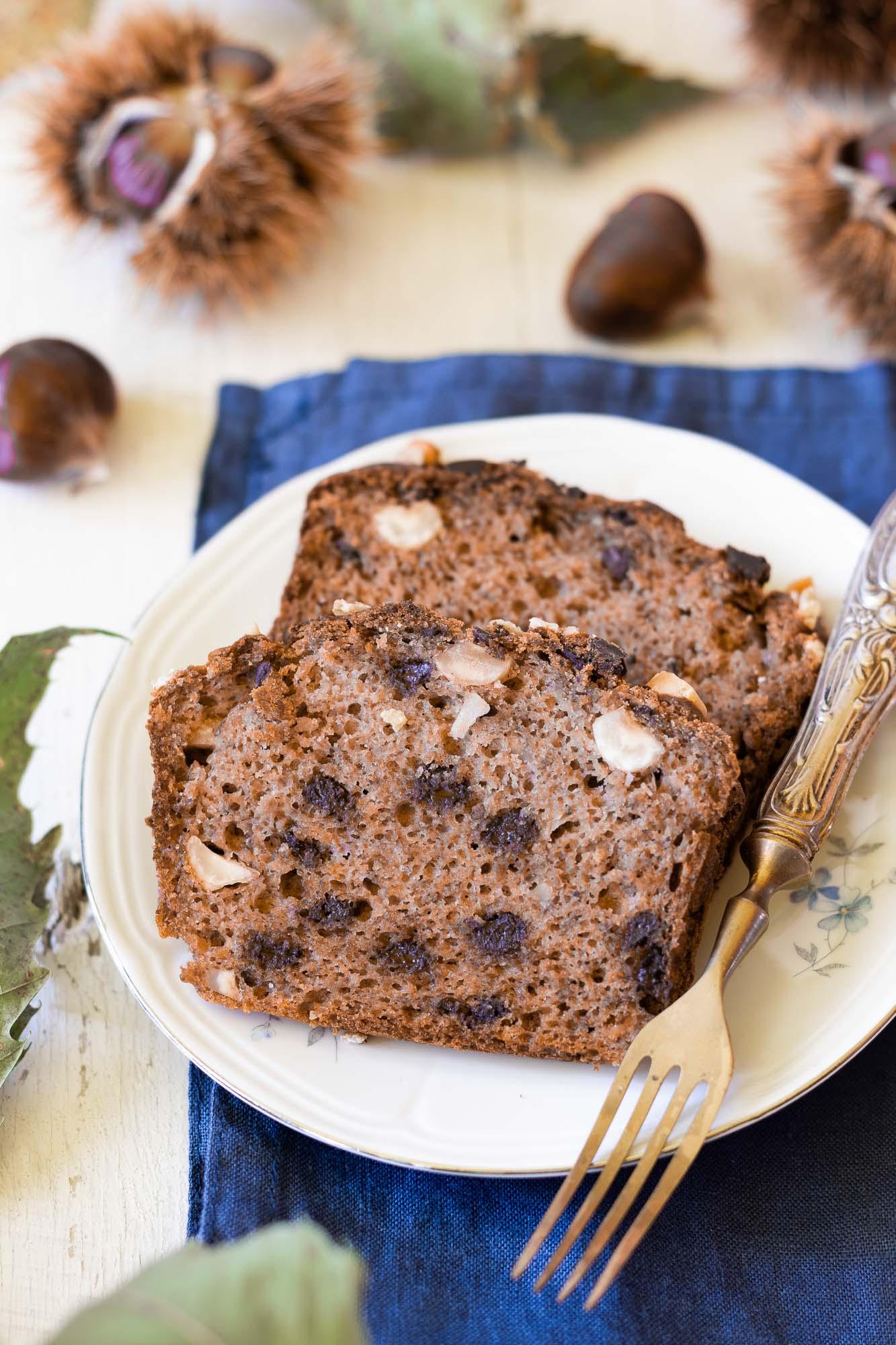 Banana bread con farina di castagne e cioccolato
